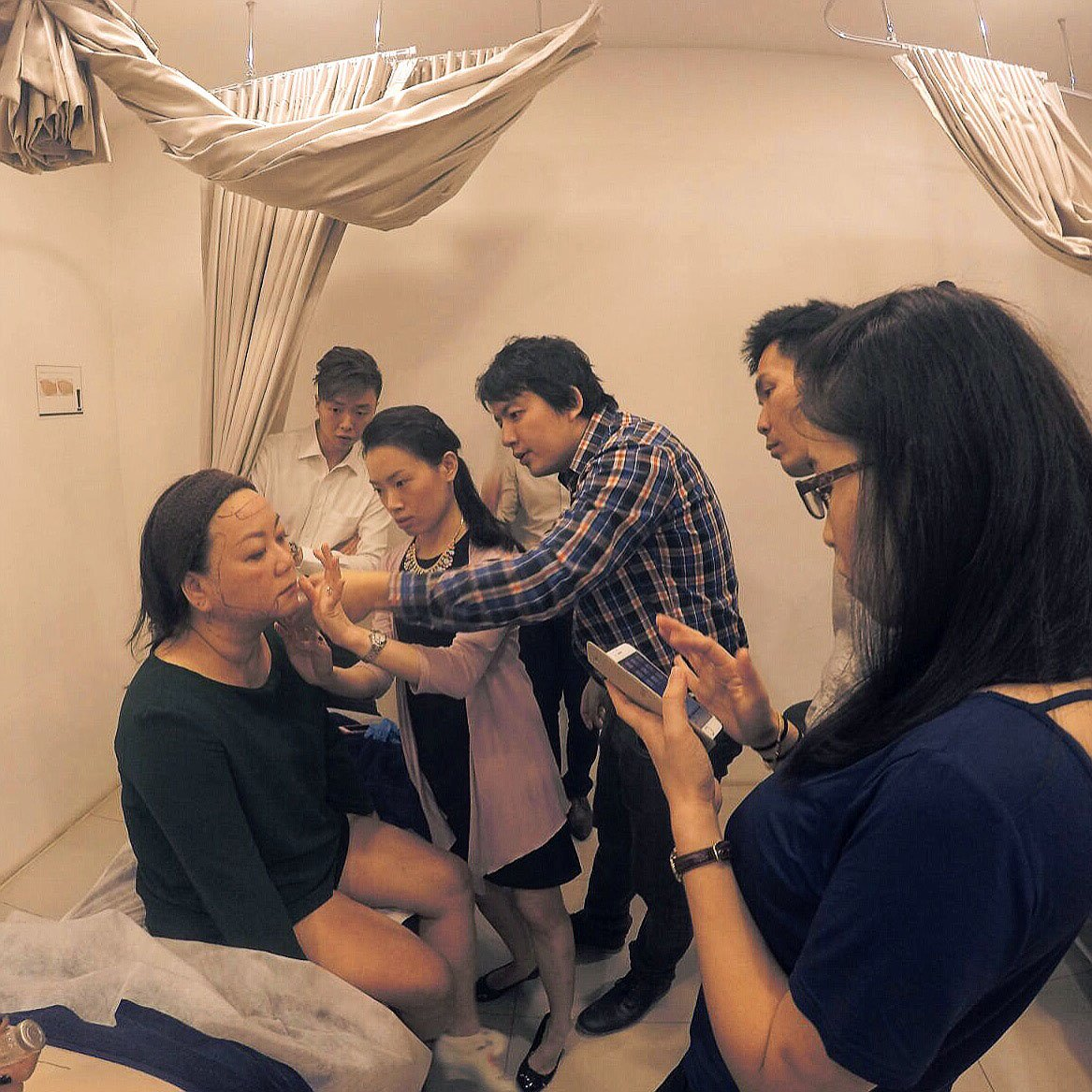 Guiding Dr Rachel Ho
