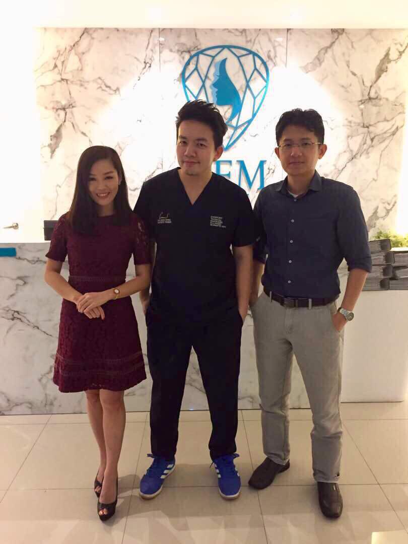 Dr Isaac Wong with Dr Amelia Siah & Dr Samuel Wong
