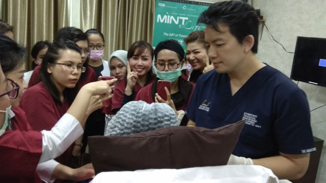 Dr Isaac Wong along with Doctors from Oriskin Clinic's Private Training Session 2